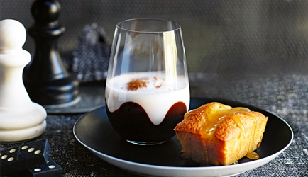 Warme chocolademelk met butterscotch